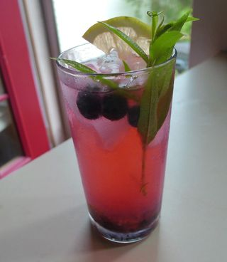 Blueberry_collins