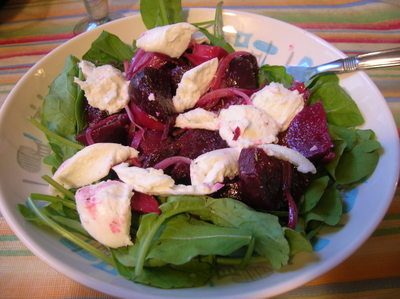 Beetmozz_salad